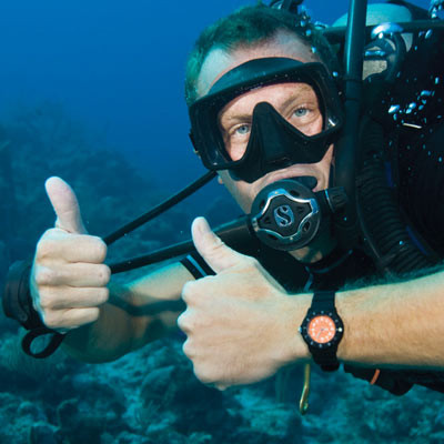 Aqua Thumbs up Master Scuba Crystal Diver